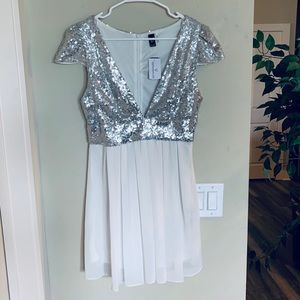 ✨NWT Sparkly White Princess Dress✨